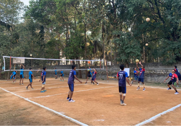 Volleyball Match with Montfort Brothers